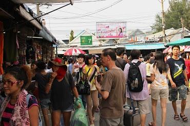http://www.vietnamitasenmadrid.com/tailandia/mercado-chatuchak-bangkok-mercado-fin-de-semana.html Mercado Chatuchak Bangkok - Mercado de fin de semana de Chatuchak