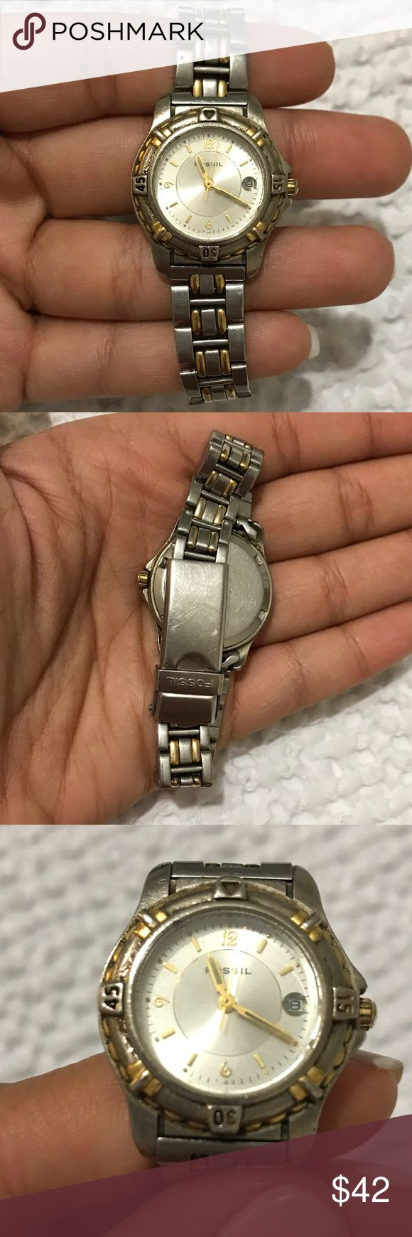 Fossil Silver & Gold Circle Watch Good used condition.   Scratches and needs replacement battery Fossil Accessories Watches
