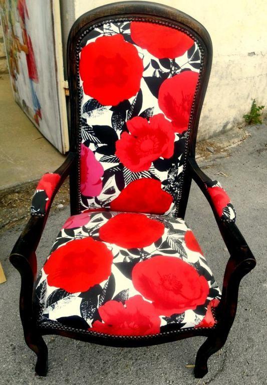 paire de fauteuils voltaire. Black Bedroom Furniture Sets. Home Design Ideas