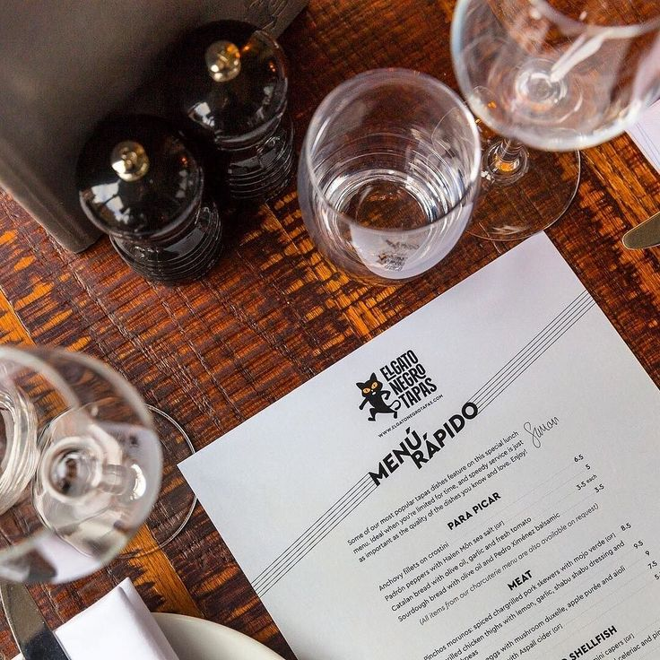 Business lunch? Need to eat fast? Our streamlined new Menú Rápido complements our main menu: it's perfect when youre limited for time & speedy service is as important as quality of the dishes you know and love. Available Tues-Fri lunchtimes. Vamos! #hungryfortapas #lunch #newmenu #food#awardwinning #restaurant #manchester #manchesteruk #mcr #lovetapas #tapas #kingstreet #foodmcr