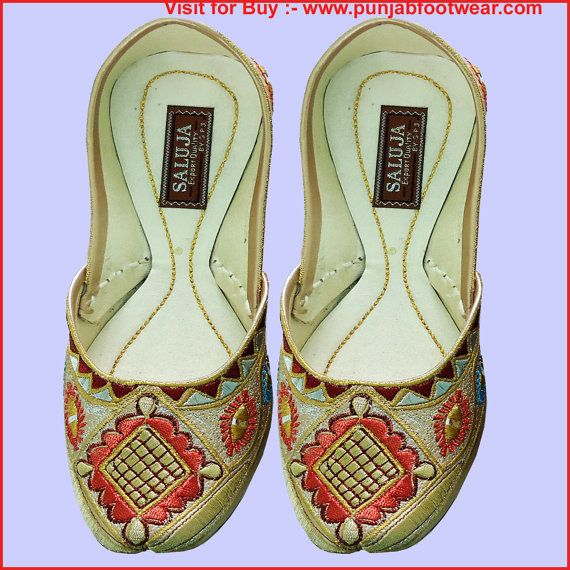 Indian Traditional ShoesWomen Flat Slipper Shoes by Weddingchura, $37.00