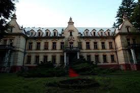 Liečebný dom Lipa (rok postavenia 1901) trochu strašidelný obrázok .