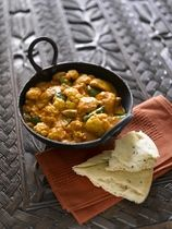 Cauliflower and Chicken Curry recipe: Use less cauliflower or a sm one &/or double the spices and sauce