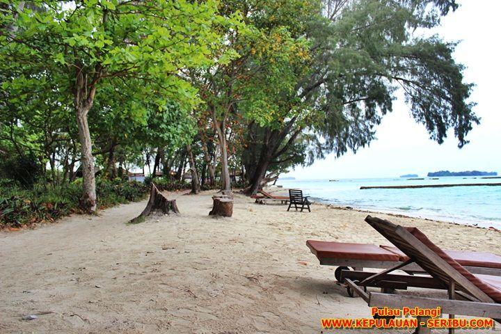 Pantai Pulau Pelangi Resort
