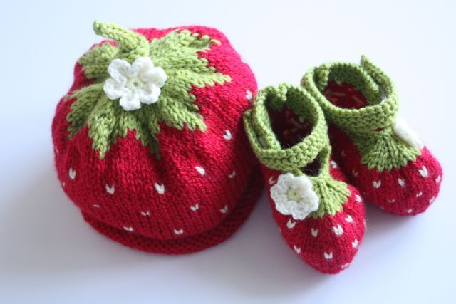 Cherry Heart: Strawberry Baby Hat and Bootie set