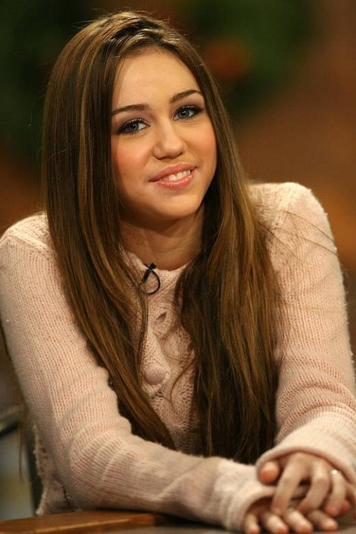 I Miss Hannah Montana :((((((( I Want Old Miley