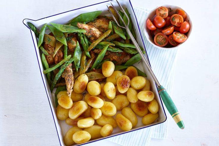 Kijk wat een lekker recept ik heb gevonden op Allerhande! Provençaalse kip met groene groenten en krieltjes