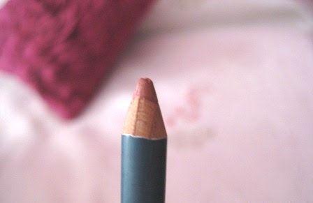 Mis 365 vestidos Perfilador de labios Avon