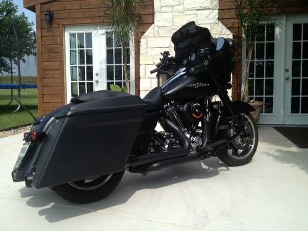"2010 Harley Davidson FLHX Street Glide ""Charlie Murphy"" is The Darkness."
