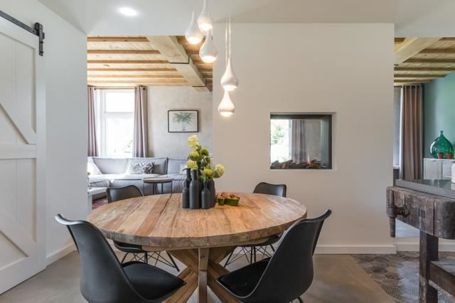 Eigen Huis en Tuin | Praxis. Een #ronde #tafel in de keuken is helemaal hip!
