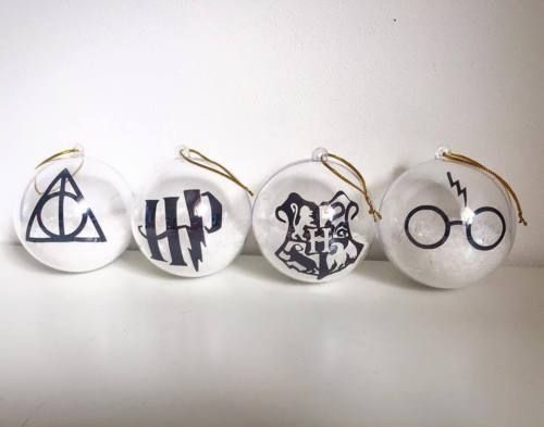 Harry-Potter-Christmas-Tree-Bauble-Decoration-One-bauble-only