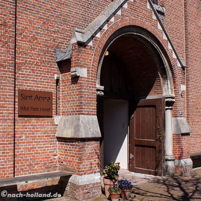 Schon der Eingang in das B&B Sint Anna in Yerseke ist etwas ganz besonderes.