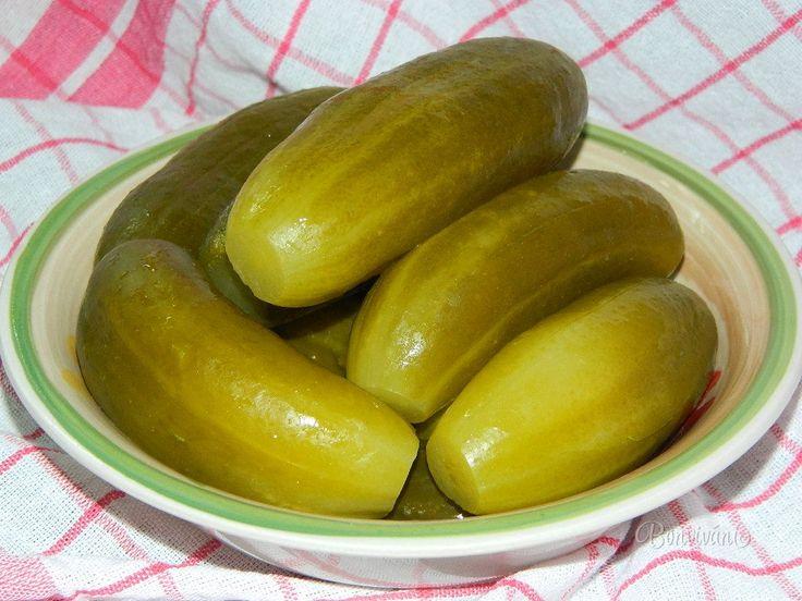 Kvasené uhorky v kameninovom súdku • recept • bonvivani.sk
