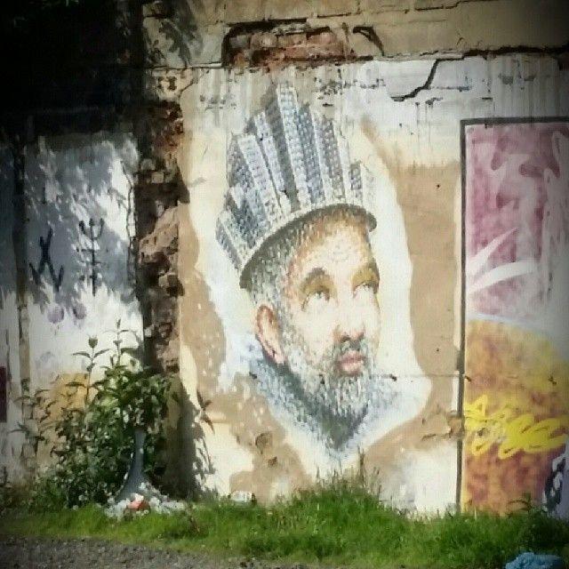 Hidden gem,  spotted this @akajimmyc piece through a fence on Hackney Rd #graffiti #streetart #jimmyc #ig
