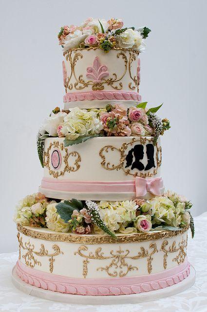 Una tarta d e#boda al más puro estilo barroco.
