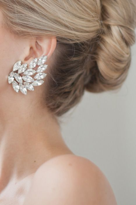 A stud earring with beautiful detail. Source: grey likes weddings #weddingjewelry #earrings