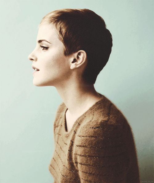 Emma Watson, gosh I love her hair. Wish I was bold enough to cut mine this short!!