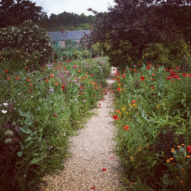 """Giverny in Haute-Normandie  """"A Blooming Place of Pilgrimage for Art Lovers"""" [1000 places to see before you die]"""