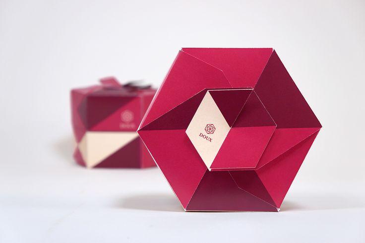 Doux - La Délicieuse Pâtisserie Modular packaging for gourmet donuts - Julien Noguera on Behance