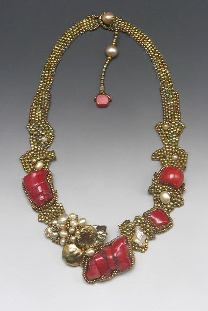 ~~Amolia Willowsong beaded necklace~~ I love her organig beadwork, the keafy shapes and autumn colours.