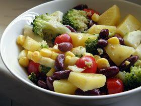 Bramborovo-fazolový salát se zeleninou