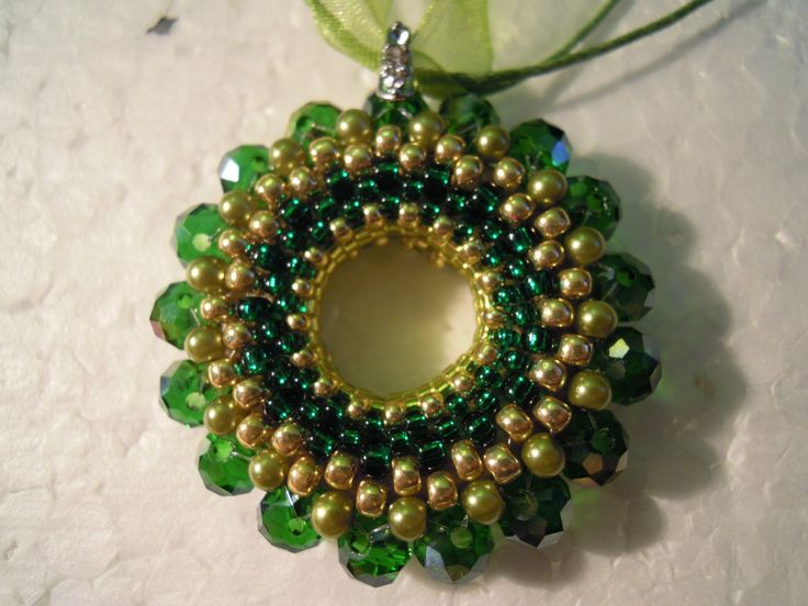green and gold donut