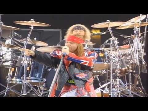 Guns N' Roses - Paradice City - Freddie Mercury Tribute 1992 - HD 1080 - YouTube