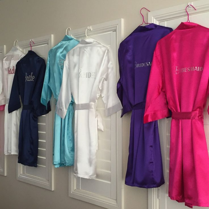 Loving this... Bridal Party Sati... Add to you wishlist!  http://weddingforyou.co.nz/products/satin-robes-for-wedding-party?utm_campaign=social_autopilot&utm_source=pin&utm_medium=pin