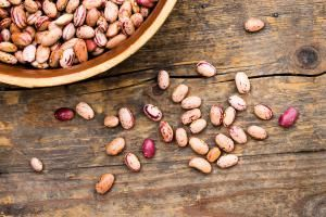 Tips para limpiar, cocer y conservar los frijoles. / Tips for cleaning and cooking dried beans - and keeping the leftovers.