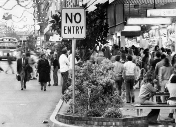 Hunter Street so busy it was easier to walk on the road - c.1970s. (National Library of Australia)