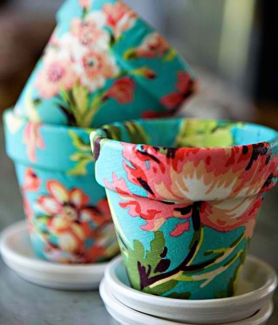 DIY Floral Fabric Pots mod podge. Terra cotta planters brush and fabric