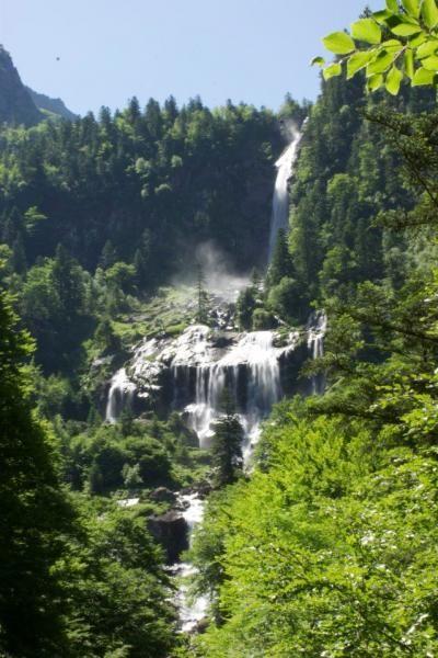 Cascade d'Ars dans l'Ariege Guide du tourisme de l'Ariège Midi-Pyrénées