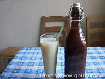 Кокосовый ликёр и коктейль «Пина Колада». Фото-рецепт