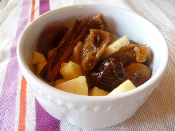 Salade de fruits secs pochés à l'orange   Blog de recettes bio : Le cri de la courgette...