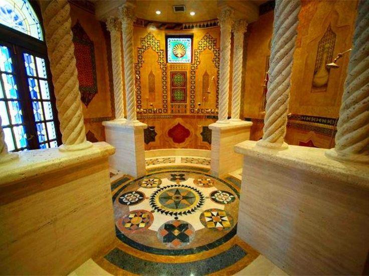 Versace Mansion - The Villa, Casa Casuarina Moroccan Shower