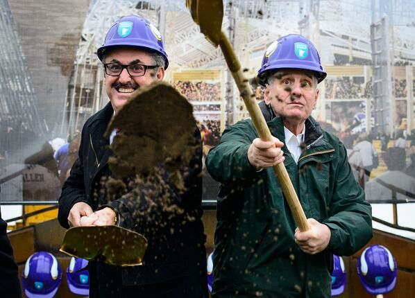 Pic of Vikings owner Zygi Wilf at new stadium's ceremonial groundbreaking is fantastic (photo)