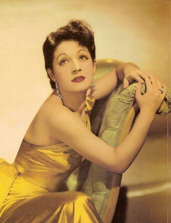 Rena Vlahopoulou (1923 - 2004): actress and singer. She starred in theatre…