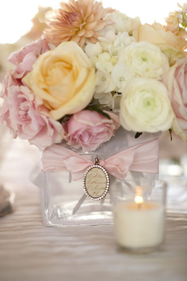cream and pink centerpieces.