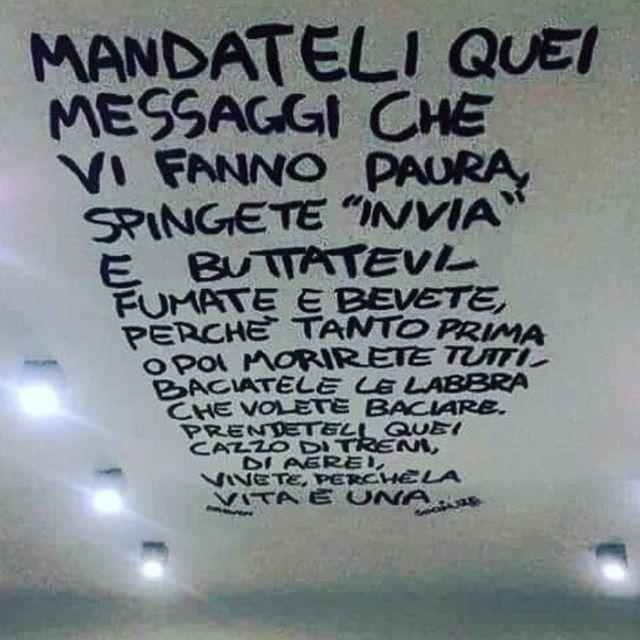 #messaggi #tumblr #meglioditumblr #frasiditumblr #tumblrilmiomondo #frasibelle #bellefrasi #frasi #aforismi #frase #citazioni #citazione #parole #pensieri #cit #amore #frasiitaliane #insanitypage