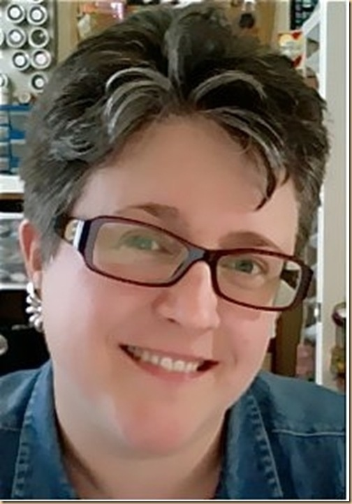 @Lisa Fulmer will be sharing techniques for fabric scrapbooking at 1 pm Eastern