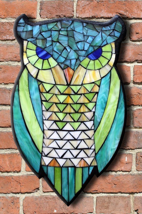 Student Work from a Kasia Mosaics Stained Glass Mosaic Owl Workshop - Owl Mosaic by Stephanie. Sign up for an All Level Class via www.kasiamosaics.com