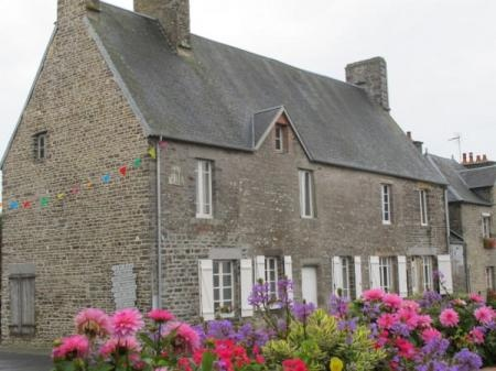 3 Bedroom House For Sale in Manche, FRANCE - Property Ref: 700373