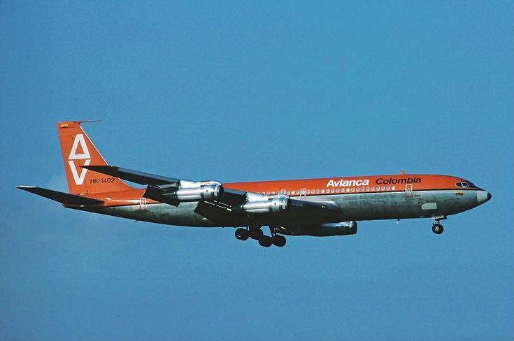 Avianca Boeing 707 Zurich Airport - April 1976 - Boeing 707 - Wikipedia, la enciclopedia libre