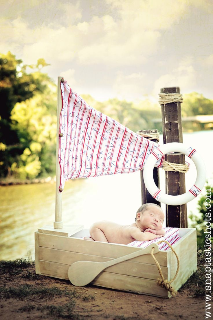Are you kidding me? How cute is this Photo Prop Boat?
