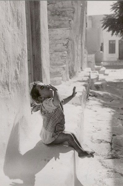 Voula Papaioannou, the awakening,  (το ξύπνημα) Mykonos 1950-55