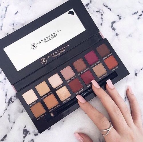 My most favorite palette right now! Literally use it daily!!!! Love it!