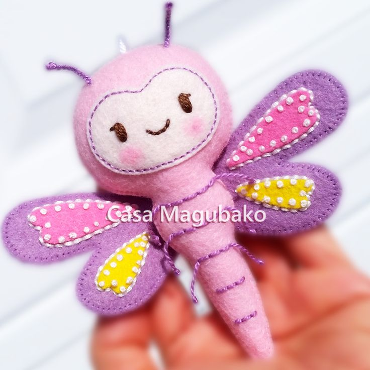 Bug Collection - Dragonfly #casamagubako, #feltpattern, #felt, #dragonfly, #sewing, #stitching, #manualidades, #fieltro