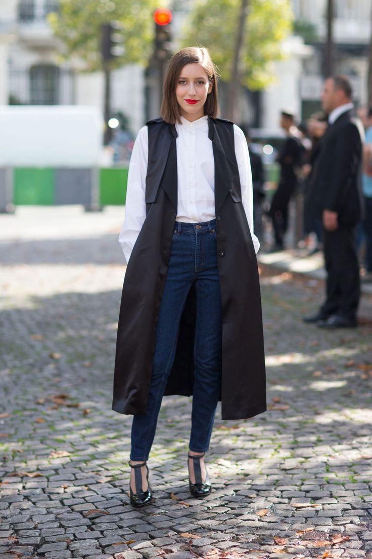 Los jeans forman una parte esencial de nuestros looks diarios. Existe una gran diversidad de estilos, cortes y modelos. ¡Las opciones son muchas y nos marean! ¿Pero cuál es el más sentador y el que marca tendencia hoy en día? Definitivamente chicas, el tiro alto. Tomaron por asalto las vidrieras de nuestras marcas preferidas y hasta nos convencieron de que cualquier otro tiro ya ha quedado en la prehistoria. ¡Fue tendencia en los 80's y volvió con todo!