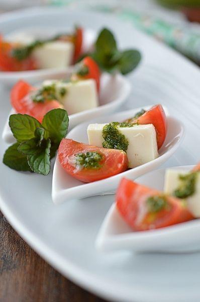あっさり&上品な味わい♡「塩豆腐とミニトマトの和風カプレーゼ」のレシピ|CAFY [カフィ]