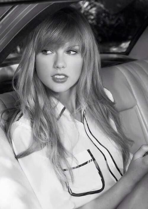 Taylor Swift Side Swept Bangs: Almost Full Fringe With A Subtle Sweep by ester
